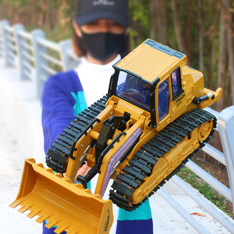 RC Bulldozer 2.4G Remote Control Constructing Truck Crawler Digger Model Electronic Engineering Truck Toys Car For Children Gift