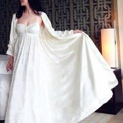 Otoño de alta calidad de las mujeres de seda de satén bordado túnicas largas de manga larga 2-Fotos elegantes señoras invierno ropa de dormir C030