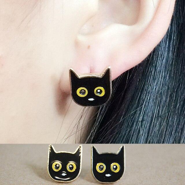 Сережки гвоздики черный кот