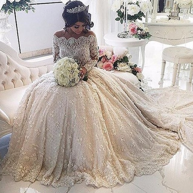 Luxury Lace Wedding Dresses 2016 Boat Neck Long Sleeve Sexy Bridal Gowns   Woman Pearls Beading vestido de noiva