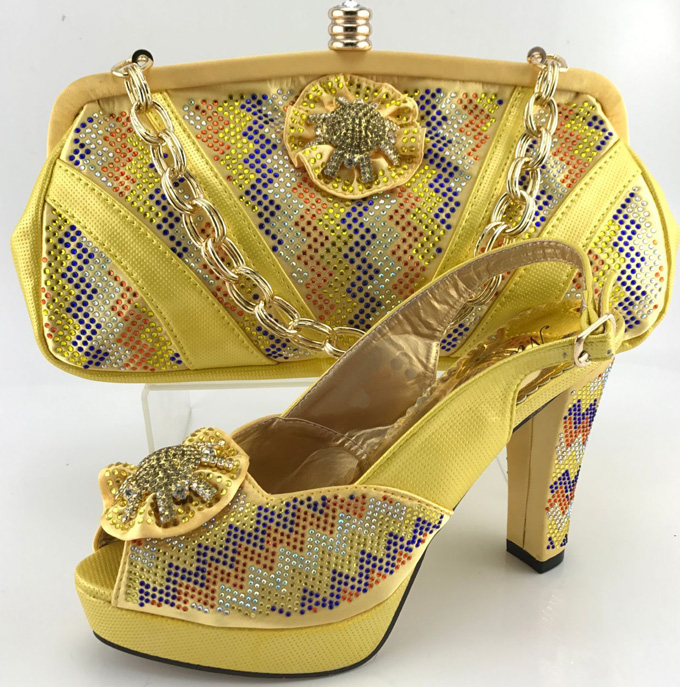ФОТО Hot Selling Nigeria Style Woman Shoes And Bag Set Africa Fashion High Heels Shoes And Bag Set For Party Wholesale Yellow ME6611