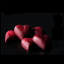 SHENHONG Valentines Heart Chocolate Mold Polycarbonate Baking Molds 3D Intertwined Love Mould Candy Tools