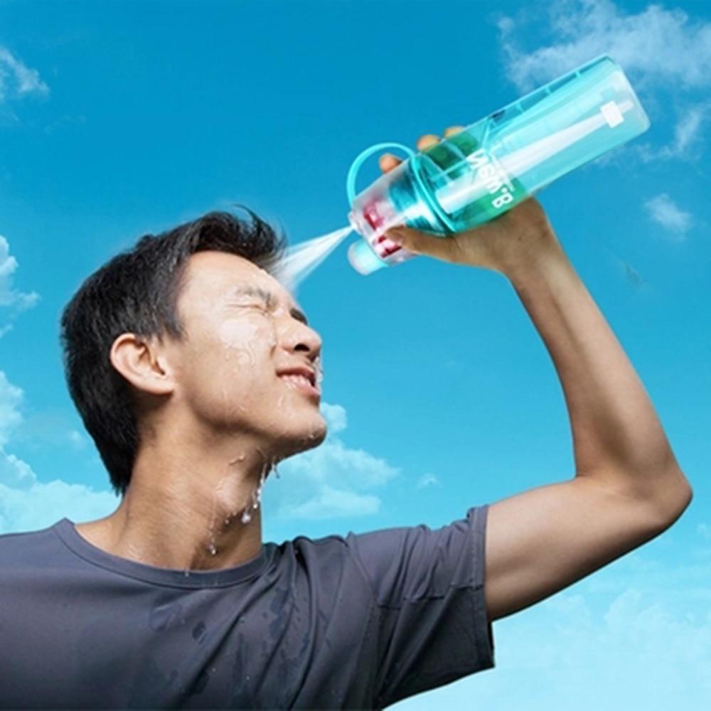 Nueva creativa botella de agua del aerosol atomización portable Botellas deportes al aire libre gimnasio beber Vasos y copas Botellas coctelera 400 ml 600 ml
