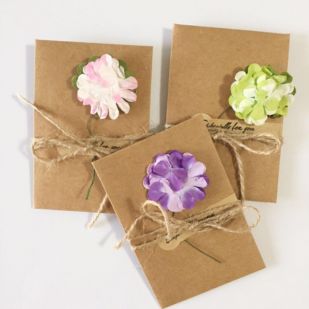 20pcs diy kraft paper handmade dry flower invitation greeting card with envelope christmas wedding favors random pattern - Christmas Wedding Favors