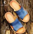 [KRUSDAN] Nuevo Cuero Genuino Suave Sandalias de Playa Para Hombres Hecho A Mano Zapatos de Verano Masculina 2017 De Coser Clásicos Zapatillas Para hombres