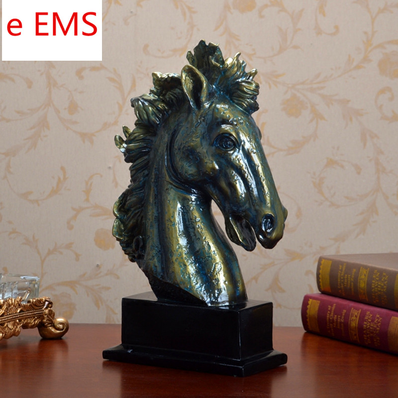 все цены на Animals Bust Retro Horse Head Statue Continental Resin Craftwork Home Decorations Art Material L2360 онлайн
