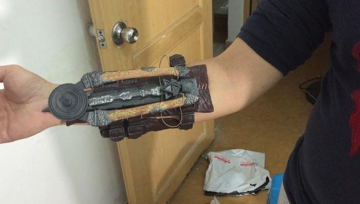 Убийц убийцы скрытый лезвие эдвард kenway рукавицы косплей реплики макфарлейн кредо убийцы единство фантом лезвие