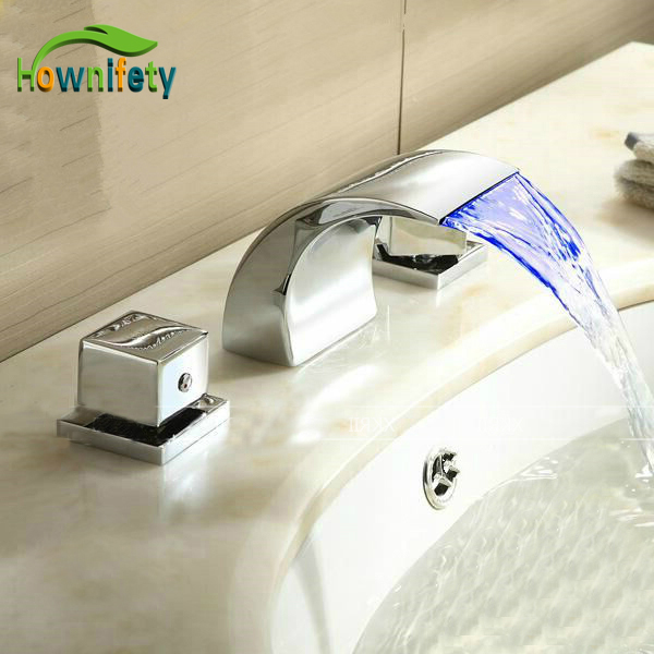 Widespread 3pcs LED Light Bathroom Sink Faucet Brass Chorme Polish Faucet Deck Mounted Mixer Faucet цена