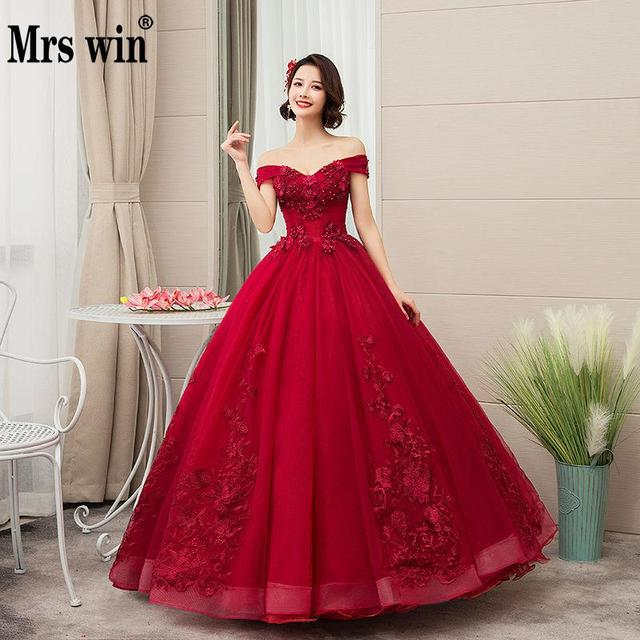 2021 New Mrs Win Off The Shoulder Luxury Lace Party Vestidos 15 Anos Vintage Quinceanera Dresses 4 Colors Quinceanera Gown F
