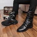 Homens da moda Tornozelo Botas Altas Homens Pu Bota De Couro De Patente masculino 2017 Estilo Punk Motocicleta Botas Sapatos de Inverno Sapatos de Fivela charme