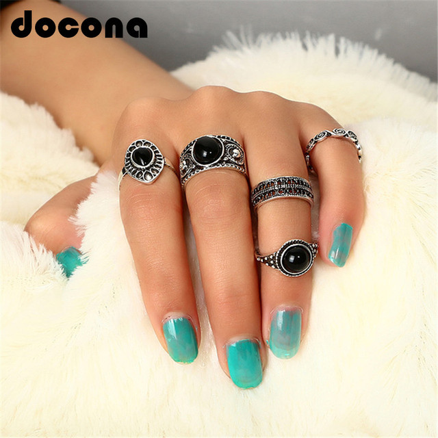Docona 5 pcs/Set Vintage Retro Carving Antique Gold Color With Black Stone Rings