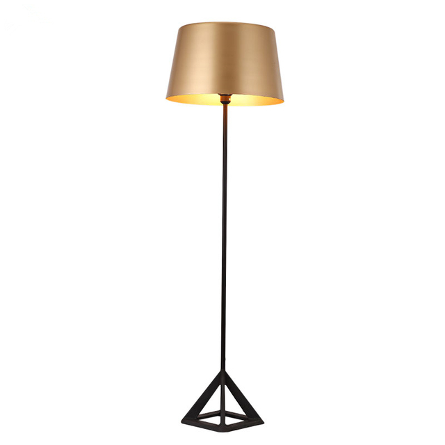 Luxury Artistic triangle floor lamp golden color modern simplistic ...