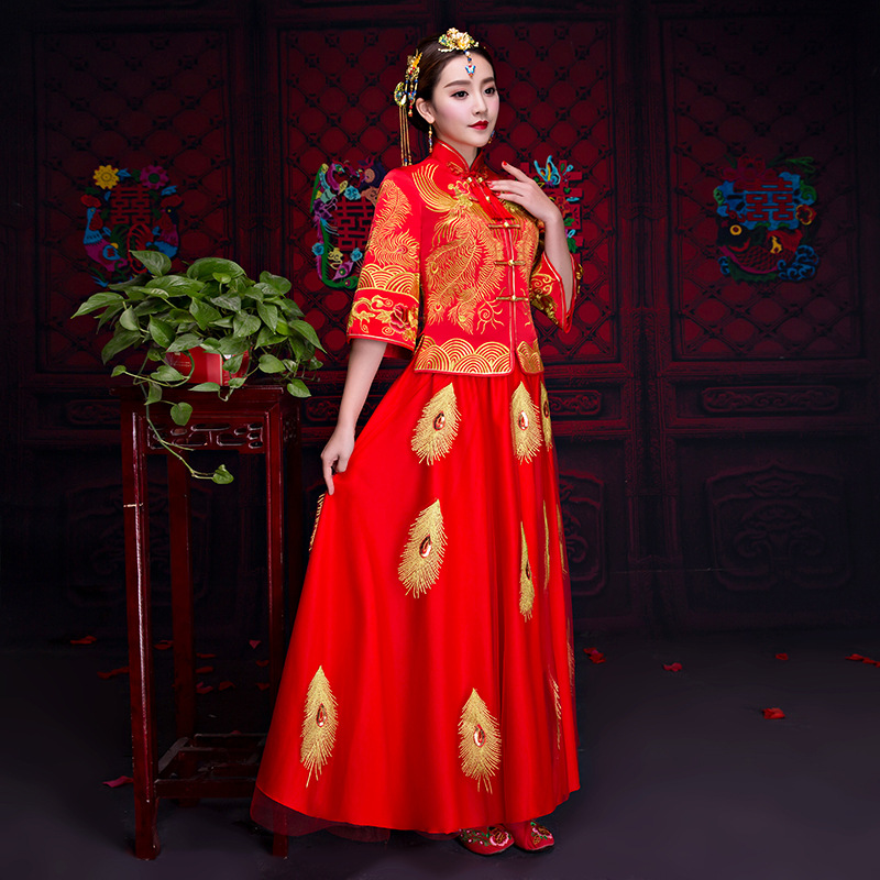 Traditional Chinese Wedding Gown 2018 New Long Sleeves Cheongsam Women Phoenix Embroidery Dress Modern Qipao Dresses Red Qi Pao 2017new chinese traditional baby girls chi pao cheongsam red dress new year gift children clothes kids embroidery party dresses