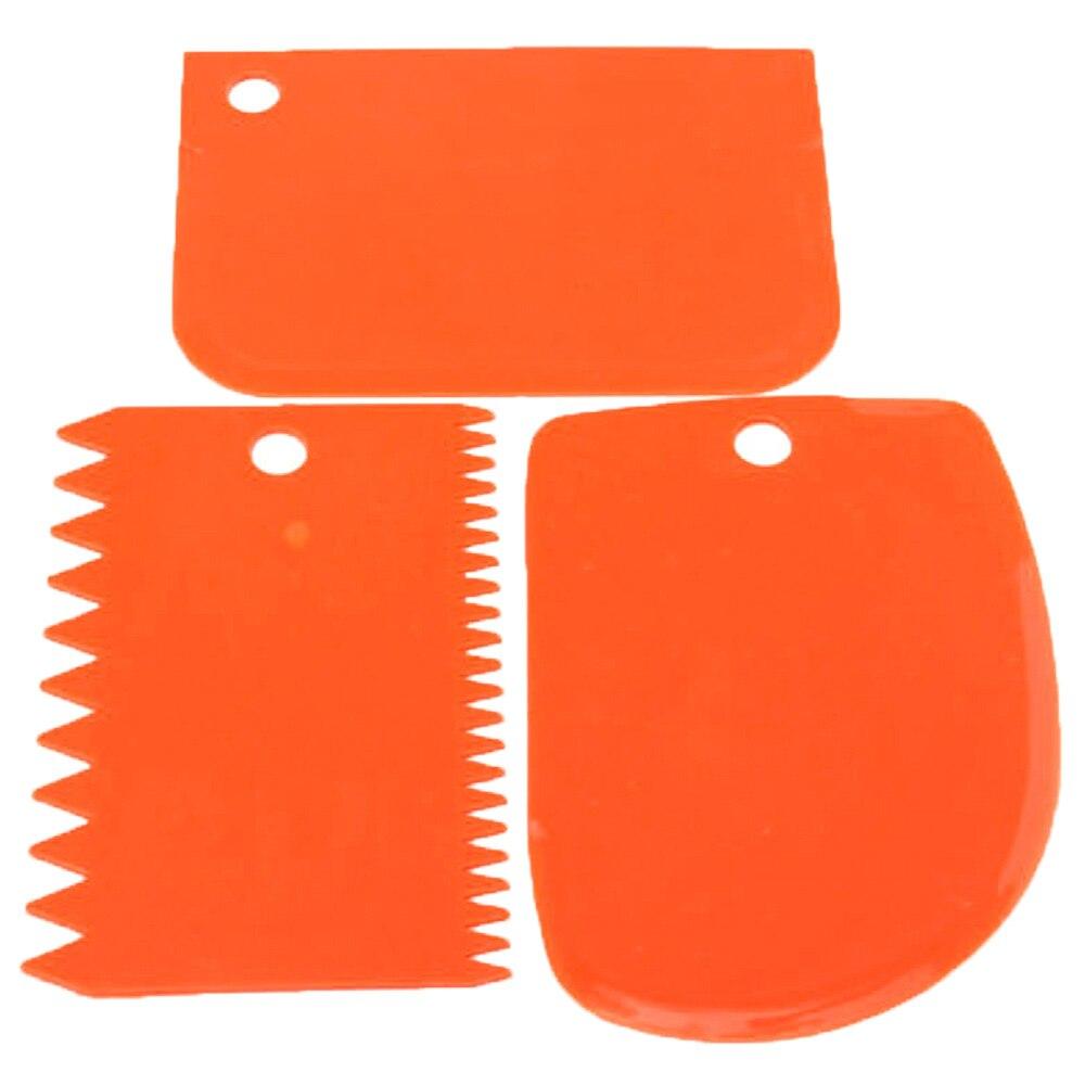 3Pcs-set-Plastic-Dough-Knife-Icing-Fondant-Scraper-Jagged-Edge-Plain-Smooth-Cake-Paddle-Cake-Spatulas(9)