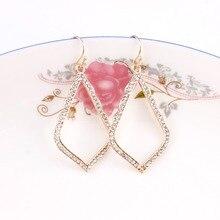 Маленькие размеры 0,90*1,60 дюйма классические Кристаллы с изящной оправой Стразы Sophia висячие серьги