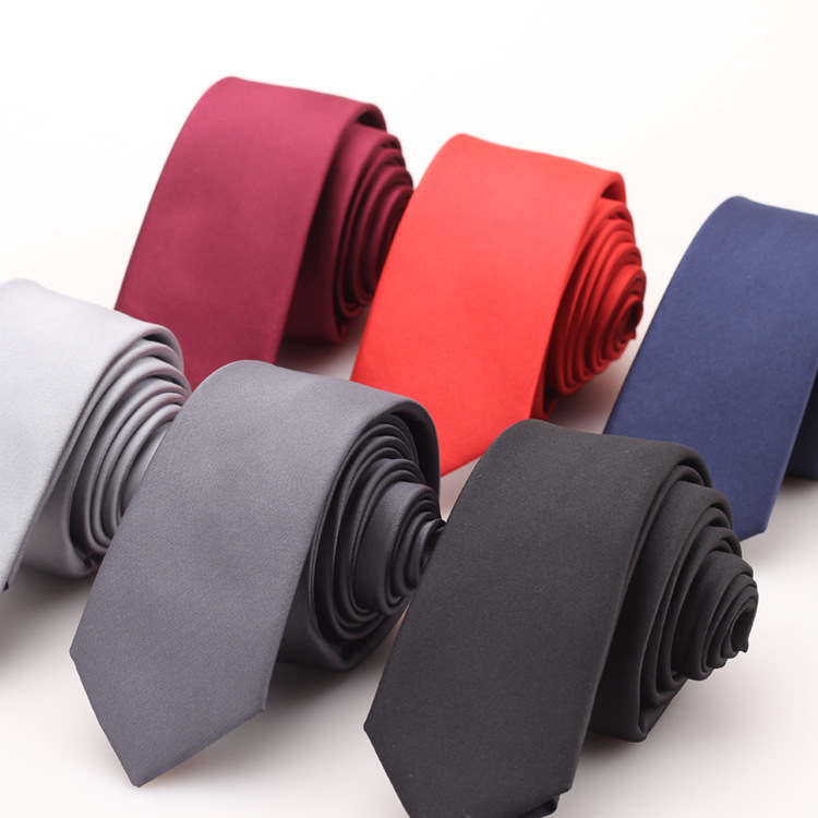 The New Fashion Casual Men 's Polyester Tie Men' S Smooth Flat Tie Business Tie Wild Neck Tie