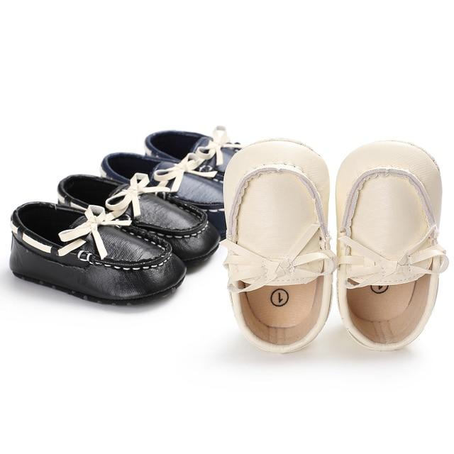 2b00596627701 Enfants Chaussures Bébé Garçon Mocassins De Mode En Cuir PU Chaussures de  Marche En Bas Âge