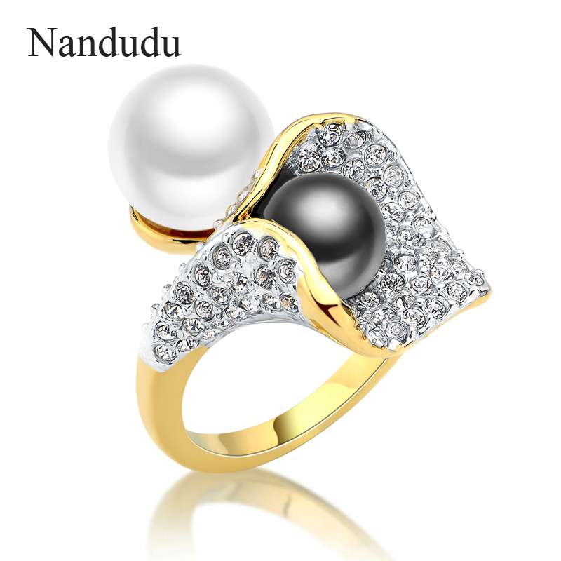 Nandudu FLASH SALE Fashion Two Pearls Rings Austrian Crystal Calla Lily Flower Petunia Ring Jewelry Gift HOT SALE R1041 одежда больших размеров calla lily flower j1341 6 pu j1341 6