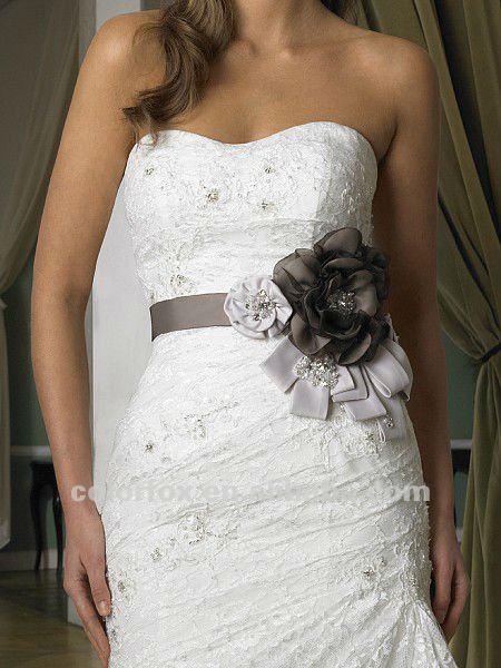 Adornos para vestidos elegantes