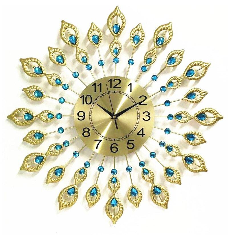 Européen créatif paon horloge personnalité muet horloge de luxe salon décoratif horloge abstraite métal mur décor