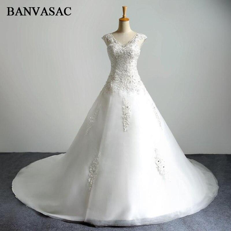 BANVASAC 2017 Nye Luksus Krystaller V Neck Bryllup Kjoler Ærmeløs Broderi Satin Court Træ Blonder Brude Ball Kjoler