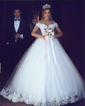 2019 Ruby Bridal White Lace Appliques Long Ball Gown Cheap Wedding Dresses Off The Shoulder Bridal Dresses Wedding Gowns P1950
