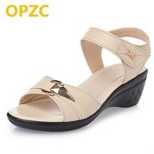 Sommermor ægte læder kvindelige sandaler 2017 Ny middelalderen hældning med fiskemund casual plus størrelse 35-43 # sko kvindelige