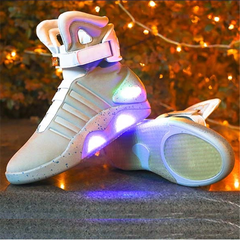 FANCIHAWAY Christmas Running Shoes For Men Back To The Future Warrior Limited Edition High-Tech USB Rechargeable LED Men's Shoes