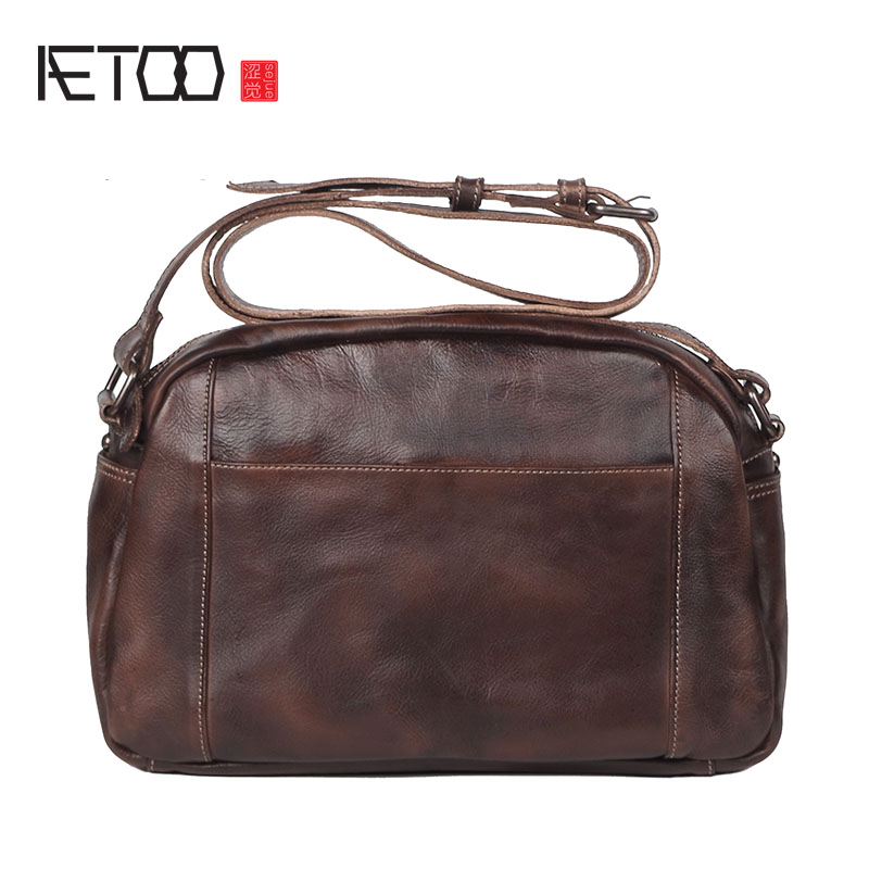 AETOO Men Handmade cowhide handbag retro do old leather simple casual shoulder package tannage postman package aetoo oil wax leather leather europe and america retro men s 8 inch summer travel simple shoulder diagonal package