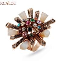 KCALOE Colorido Rhinestone Cubic Zirconia Anel Antigo Anel de Ouro Rosa Cor Cristal Coluna Flores Grandes Mulheres Anéis de Casamento Jóias