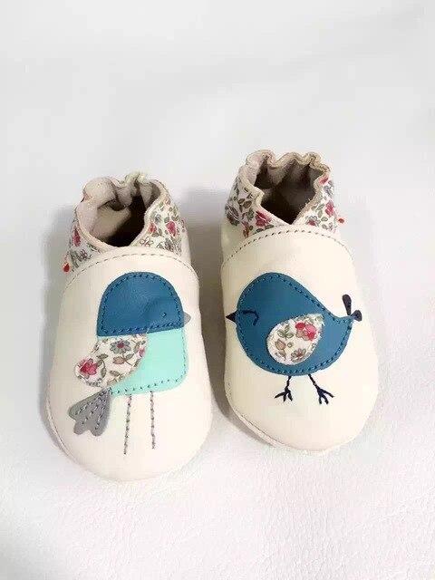 2017 натуральная Кожа Ребенка мокасины Новорожденных девочек обувь prewalk обувь Против Скольжения симпатичные отпечатано с животным Обувь новорожденных мягкой обувь