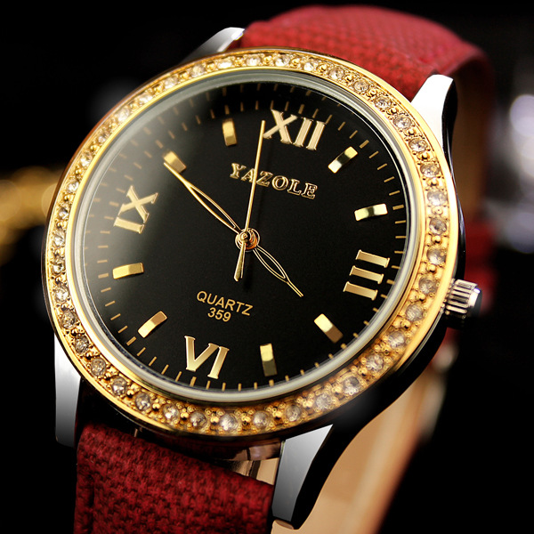 2017 YAZOLE Women Watches Famous Brand Quartz Watch Luxury Gold Case Ladies Rhinstone Wristwatch Montre Femme Relogio Feminino classic simple star women watch men top famous luxury brand quartz watch leather student watches for loves relogio feminino