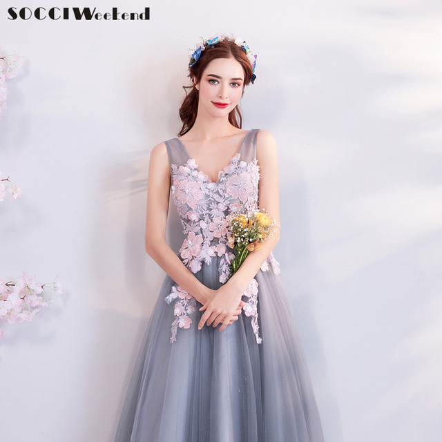 SOCCI Weekend Elegant V Neck Prom Dress 2018 New Gray Pink Sleeveless Appliques Foral Formal Wedding Party Dresses Beaded Gowns