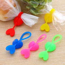 2pcs Multi-purpose Silicone Food Bag Sealing Clips Love Heart Beam Port Cable Tie(China)
