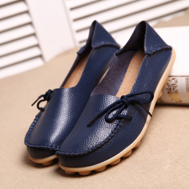 New Real Leather Women Flats Moccasins Loafers Ladies Shoes Wild Driving women Casual Shoes Leisure Concise Flat shoes ST179 3