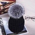 12 cm real pompons de pele de raposa bola cap chapéu de inverno para as mulheres chapéu de lã de malha de algodão gorros cap marca grosso da menina nova fêmea cap