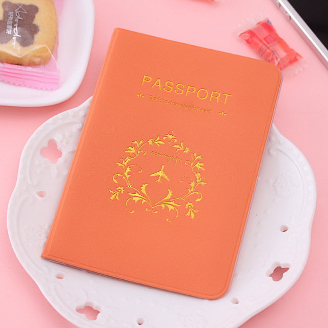 2016 hot selling 1pc Fashion New Passport Holder Documents Bag Sweet Trojan Travel Passport Cover Card Case