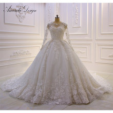 Amanda Chen Design brautkleid Long Sleeved Wedding Dress