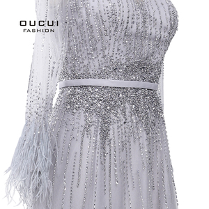 Image 4 - Splitter Grau Langen Ärmeln Abendkleider Arabisch Handgemachte Perlen Federn Illusion Zurück Mode Robe De Soiree 2019 OL103493