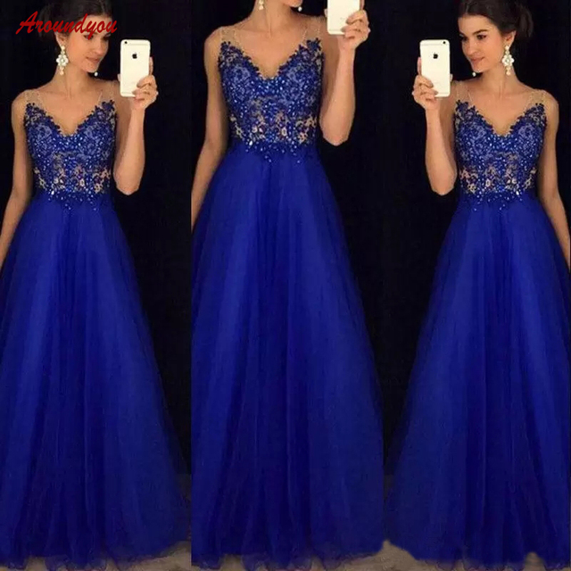 Vestido azul para una boda