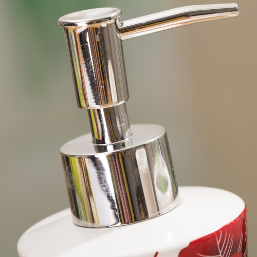 Awesome Picture Of Red Rose Bathroom Accessories Fabulous Homes