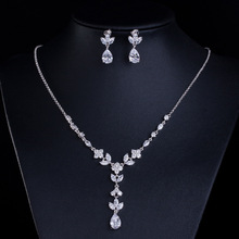 The new 2017 AAA zircon necklace jewelry bride Female leaves and petals sautoir The price of dinner jewelry factory HN-5908