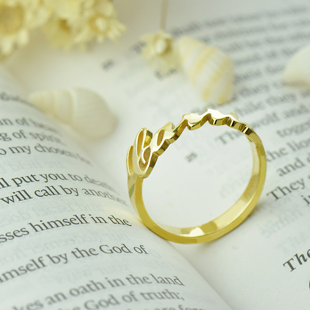 Unique Monogram Ring Personalized Name Ring Gold Carrie Bradshaw Style  Bridesmaid Jewelry Valentine Gift 929300739ee7