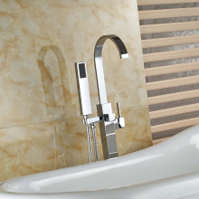 Contemporaty Solid Brass Bathroom Tub Faucet Free Standing Tub Filler with Hand Shower Sprayer Chrome