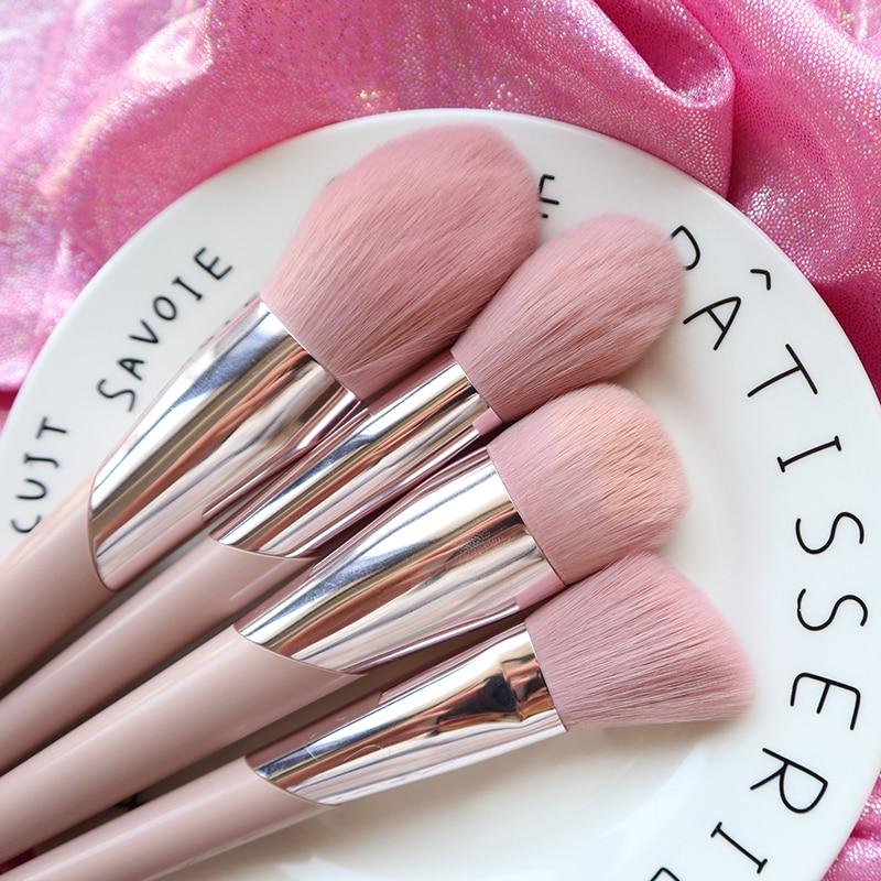 BBL Pink Premium Makeup Brushes Loose Powder Buffing Sculpting Blush Tapered Blending Highlighter Eyeshadow Brush Make Up Tools