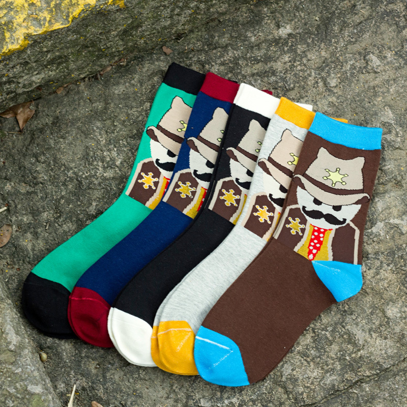 New arrival High Quality Men Cotton Socks Fashion Funny Cowboy Cartoon Socks Meias For Young men 5 Colors For Choose