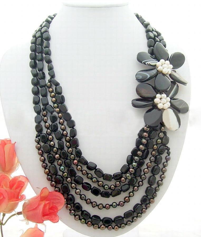 Stunning! Pearl&Onyx&Onyx Flower NecklaceStunning! Pearl&Onyx&Onyx Flower Necklace