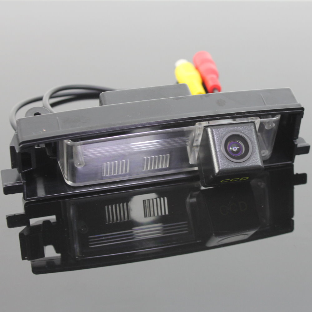 small resolution of liislee for toyota bb ncp3 2000 2005 reverse back up camera parking camera hd ccd rca ntst pal license plate lamp oem in vehicle camera from