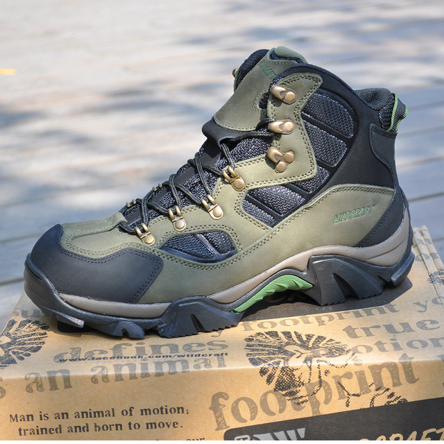 fd22f86dca1 Wildcraft winter first layer of cowhide waterproof slip-resistant  thickening thermal high hiking shoes male