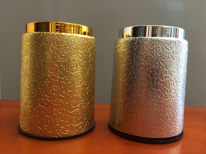 Aukso sidabro taurė, aukštos kokybės KTV odos sieto dėžutė, spalvos taurelės su asmeniniu hobiu, rinkančiu Jiapin populiarus